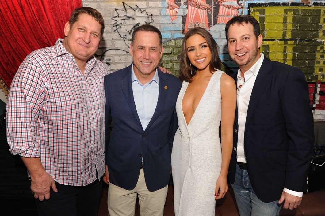 Courtland Lantaff, Mayor Philip Levine, Olivia Culpo, & Jared Shapiro