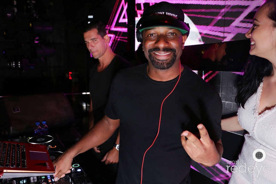 6-DJ Irie18