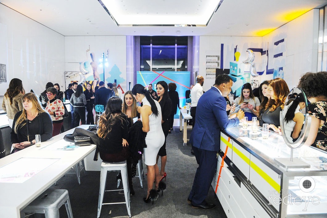 A Holiday Cocktail Celebration At Tiffany Co Miami Design District World Red Eye World Red Eye
