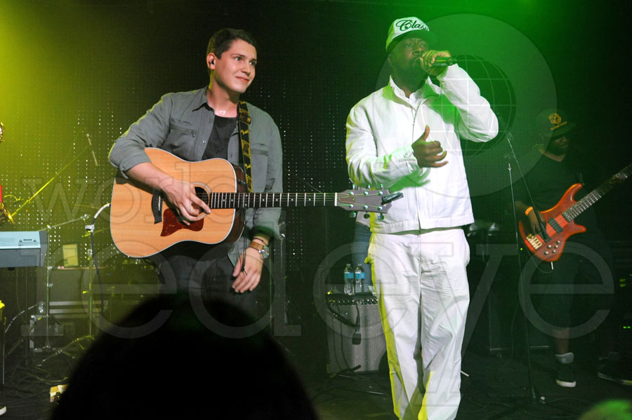 Cris Cab & Wyclef Jean at Grand Central