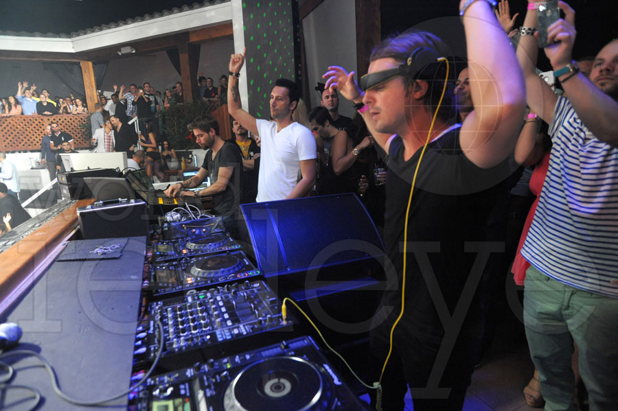 Axwell at Amnesia